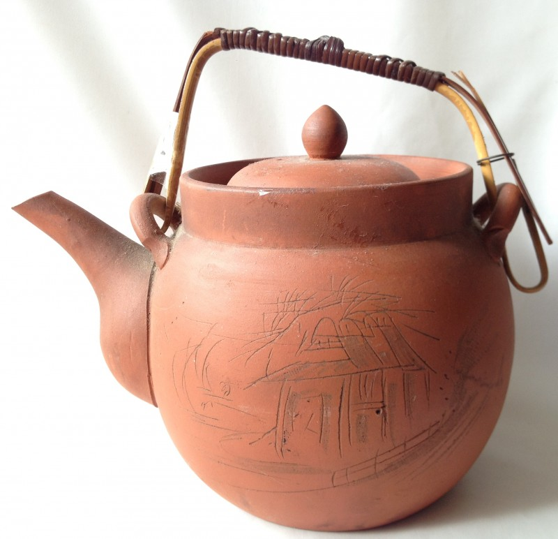 Nivag Collectables: - : Red Clay Teapot with Bamboo Handle