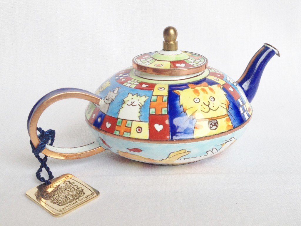 nivag collectables charlotte di vita top cat top cat teapot boxed. Black Bedroom Furniture Sets. Home Design Ideas