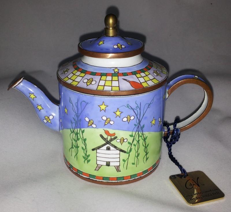 nivag collectables charlotte di vita bean rows trade plus aid bean rows teapot c090. Black Bedroom Furniture Sets. Home Design Ideas