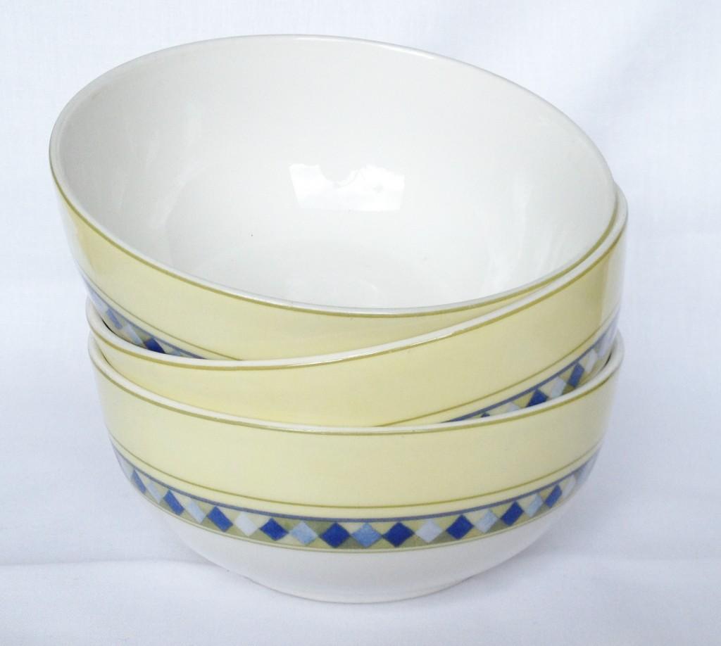 Royal Doulton Carmina & Nivag Collectables: Royal Doulton - Carmina: Cereal Bowls x 3